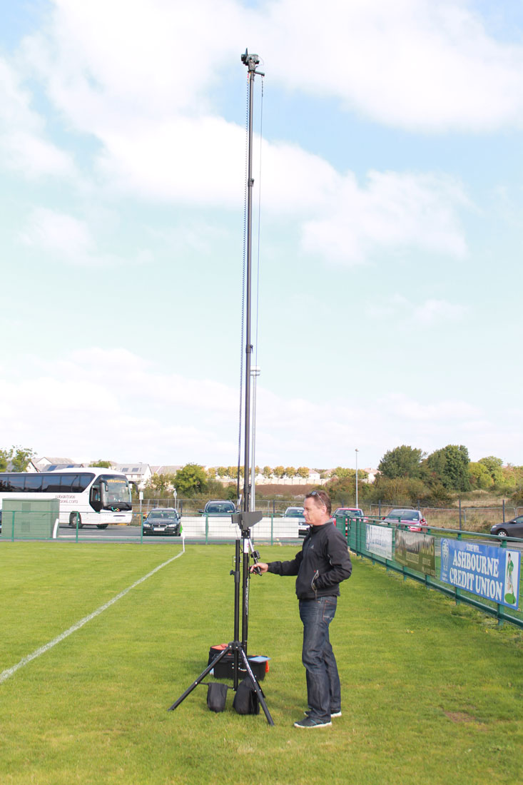 camera mast for taking sports video